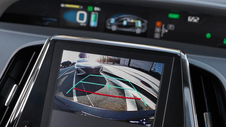 Камера заднего вида в Toyota Prius Prime 2017