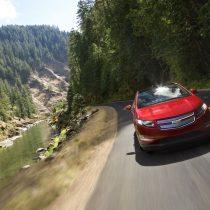 Фотография экоавто Chevrolet Volt 2011 - фото 12