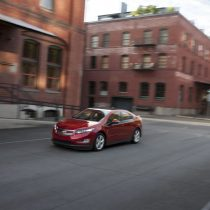 Фотография экоавто Chevrolet Volt 2011 - фото 24