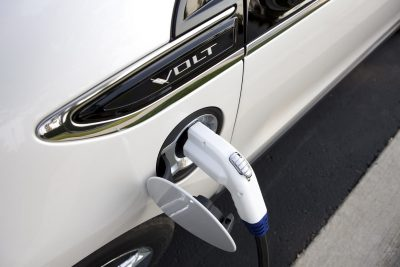 Зарядка плагин-гибрида Chevrolet Volt