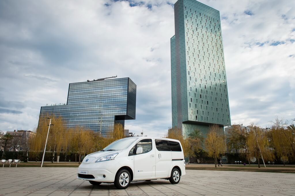 Фотография экоавто Nissan e-NV200 Evalia - фото 5