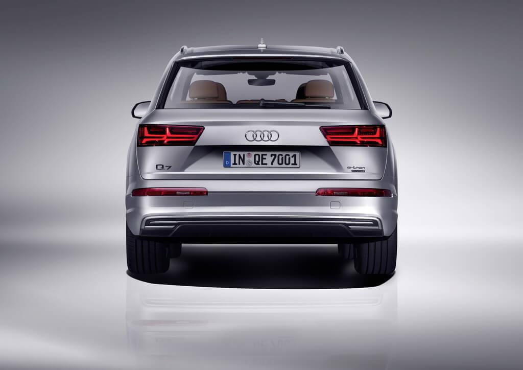 Фотография экоавто Audi Q7 e-tron Quattro - фото 2