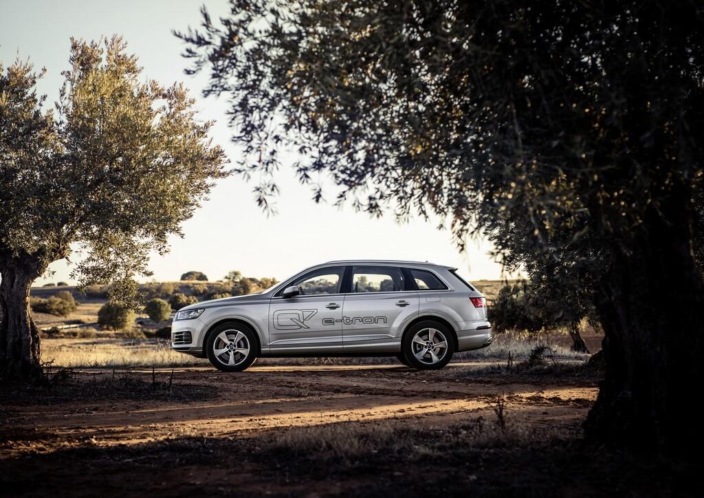Фотография экоавто Audi Q7 e-tron Quattro - фото 6