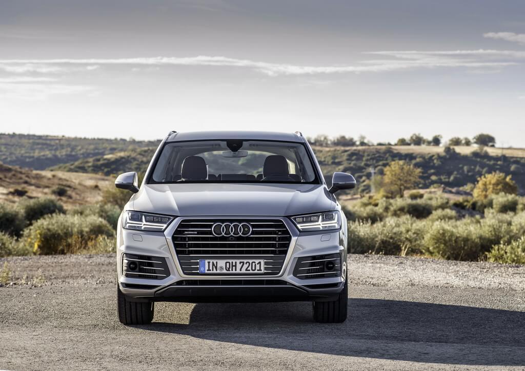 Фотография экоавто Audi Q7 e-tron Quattro - фото 7
