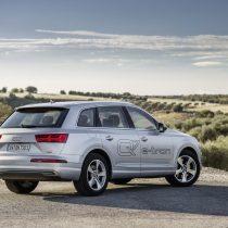 Фотография экоавто Audi Q7 e-tron Quattro - фото 8