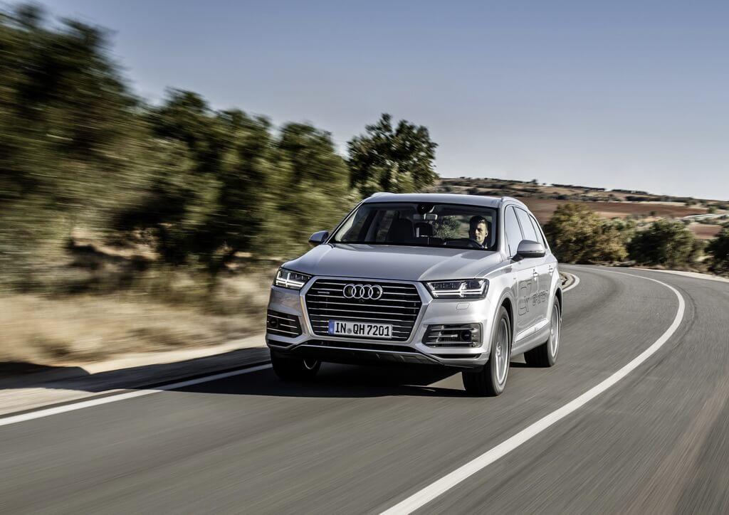 Фотография экоавто Audi Q7 e-tron Quattro - фото 15