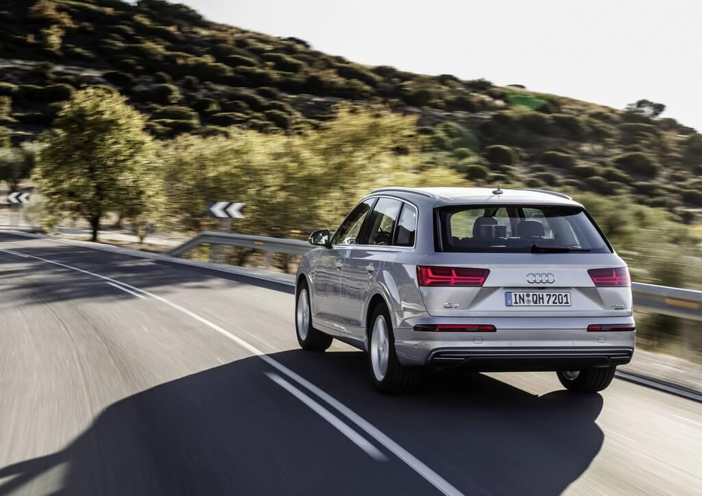 Фотография экоавто Audi Q7 e-tron Quattro - фото 19