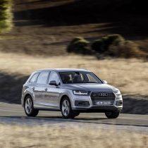 Фотография экоавто Audi Q7 e-tron Quattro - фото 21