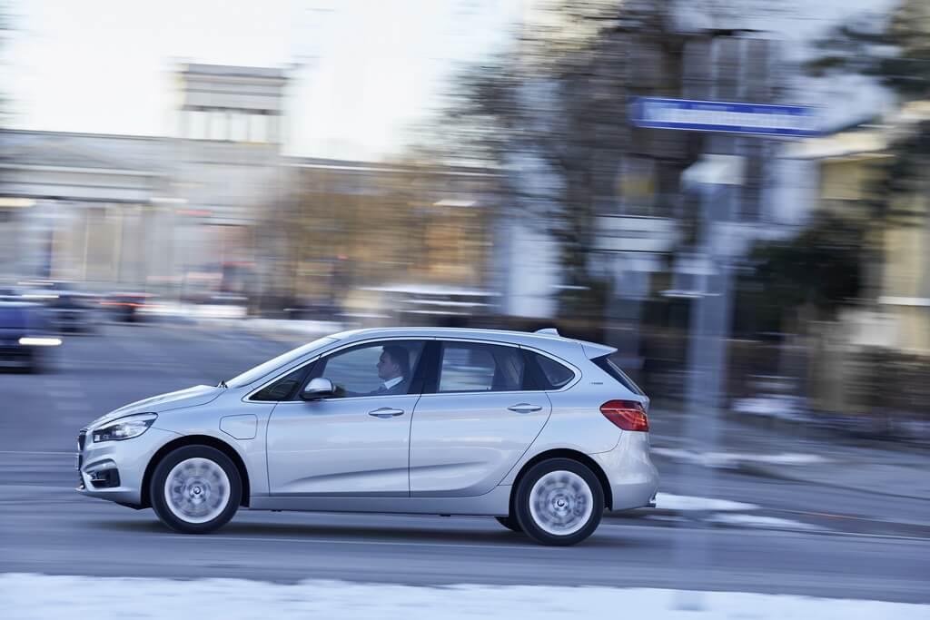Фотография экоавто BMW 225xe Active Tourer - фото 37