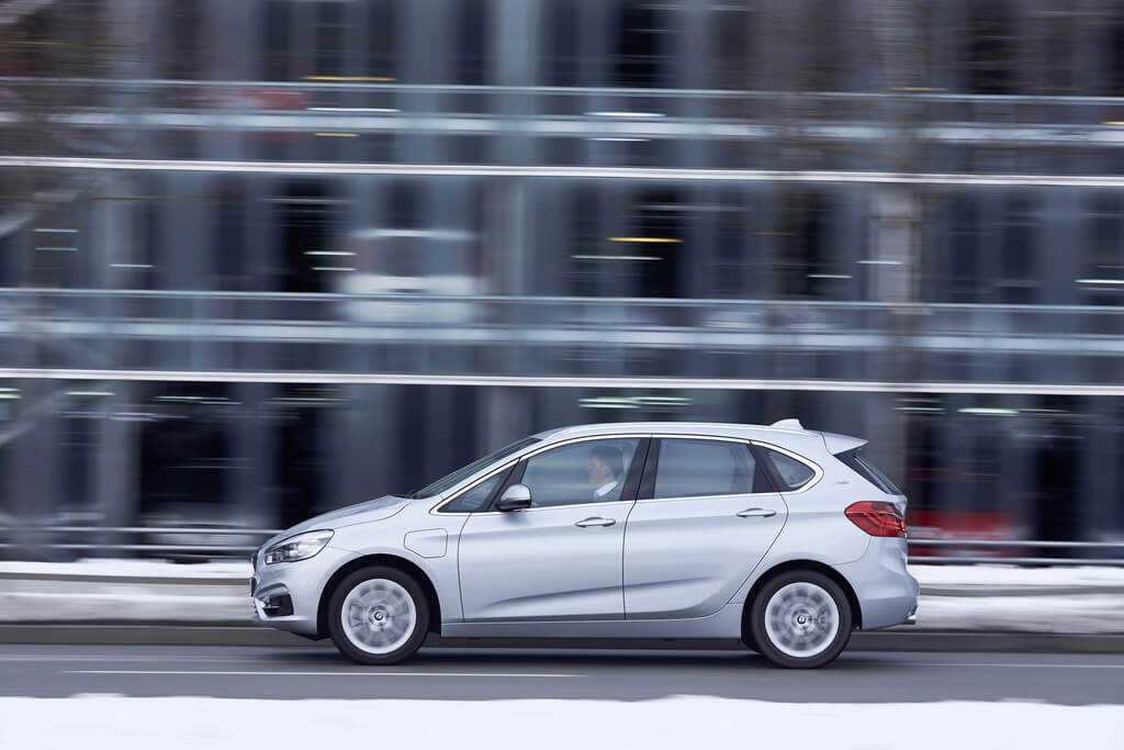 Фотография экоавто BMW 225xe Active Tourer - фото 36