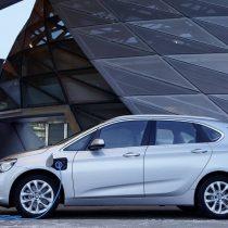 Фотография экоавто BMW 225xe Active Tourer - фото 13