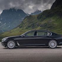 Фотография экоавто BMW 740e xDrive iPerformance - фото 4