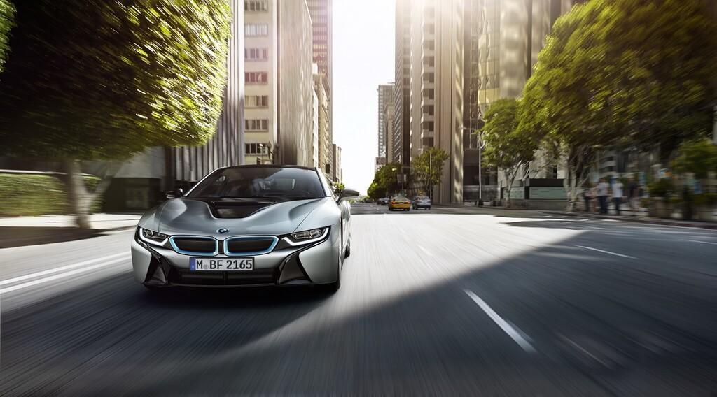 Фотография экоавто BMW i8 - фото 11
