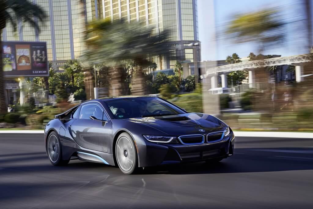 Фотография экоавто BMW i8 - фото 111