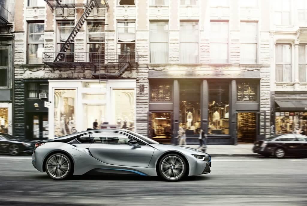 Фотография экоавто BMW i8 - фото 13