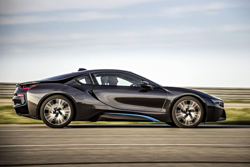 Фотография экоавто BMW i8 - фото 27