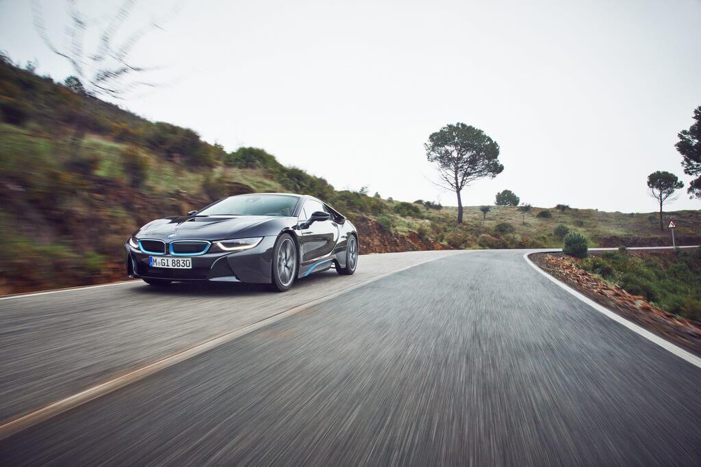 Фотография экоавто BMW i8 - фото 32
