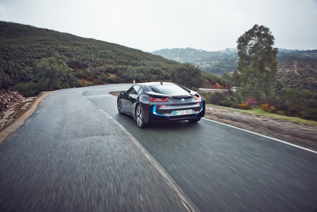 Фотография экоавто BMW i8 - фото 34