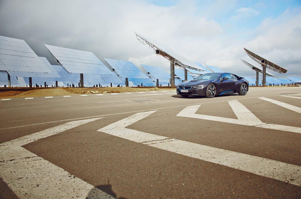 Фотография экоавто BMW i8 - фото 43