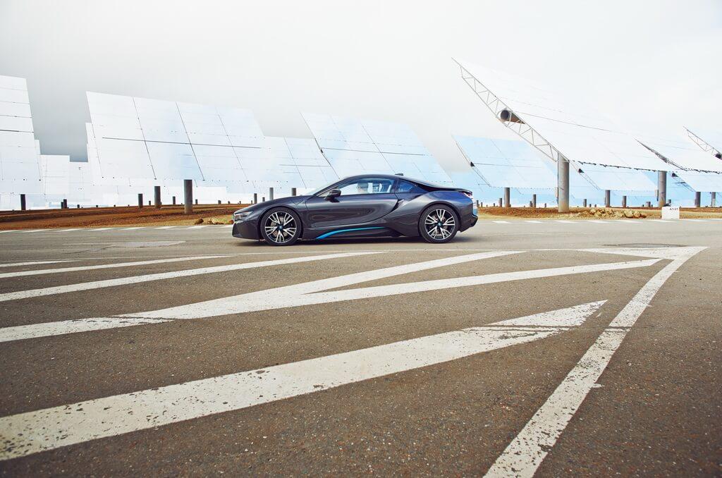Фотография экоавто BMW i8 - фото 44