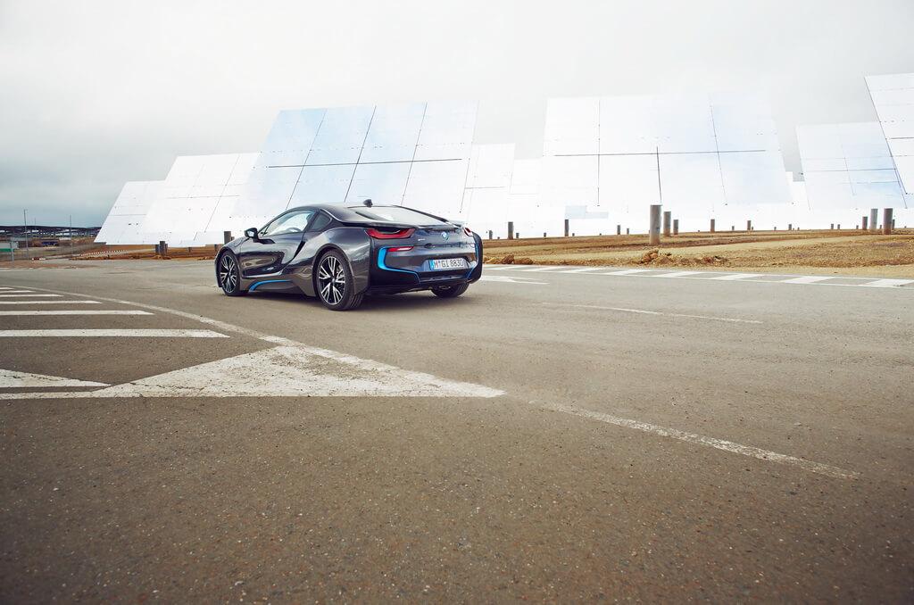 Фотография экоавто BMW i8 - фото 45