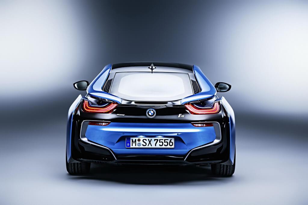 Фотография экоавто BMW i8 - фото 56