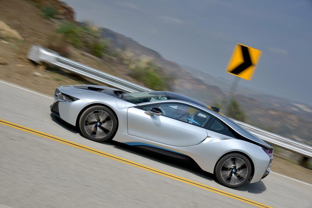 Фотография экоавто BMW i8 - фото 63