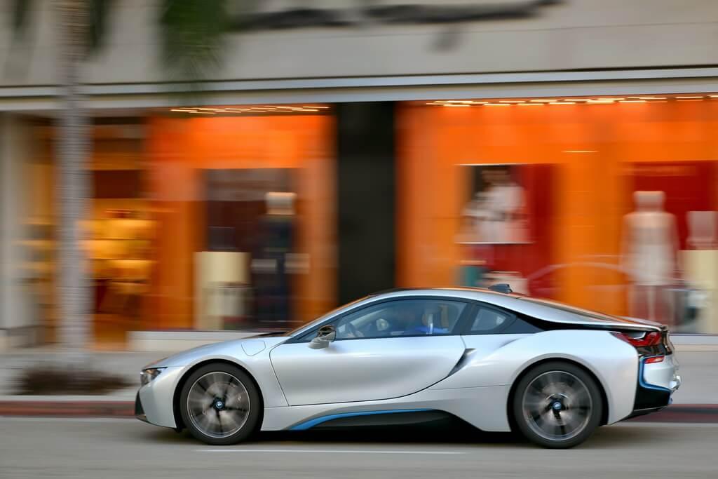 Фотография экоавто BMW i8 - фото 70
