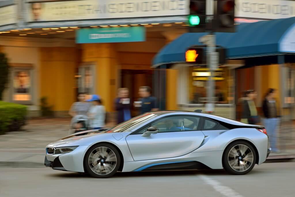 Фотография экоавто BMW i8 - фото 71