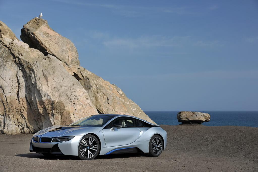 Фотография экоавто BMW i8 - фото 89