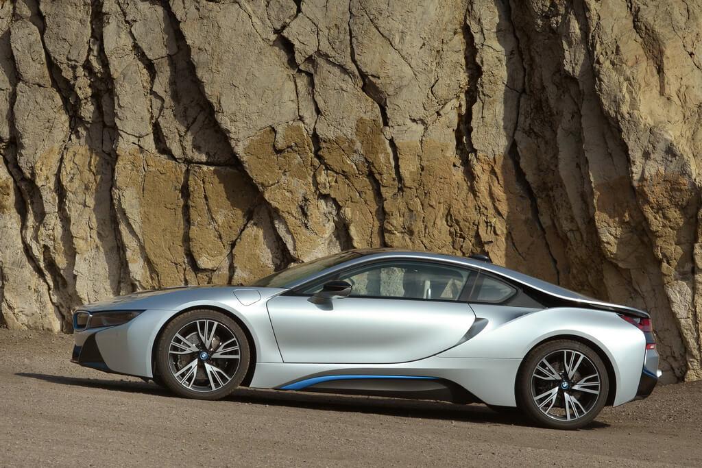 Фотография экоавто BMW i8 - фото 91