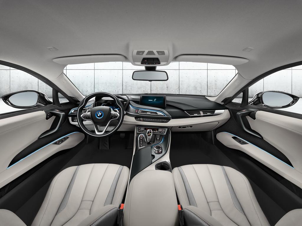 Фотография экоавто BMW i8 - фото 114