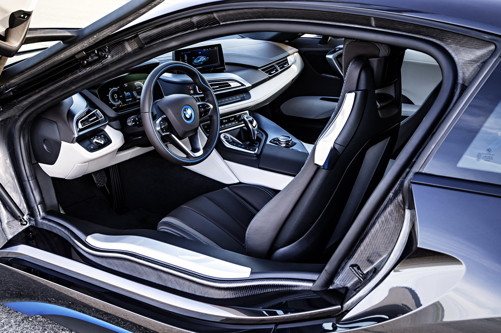 Фотография экоавто BMW i8 - фото 118