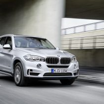 Фотография экоавто BMW X5 xDrive40e - фото 15