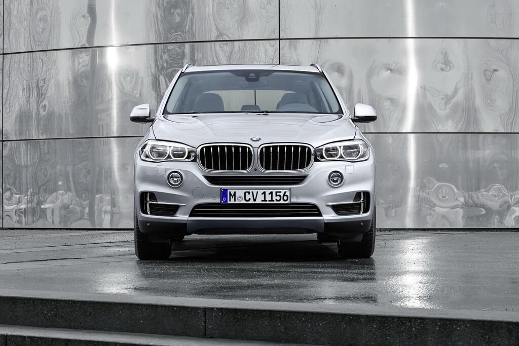 Фотография экоавто BMW X5 xDrive40e - фото 24