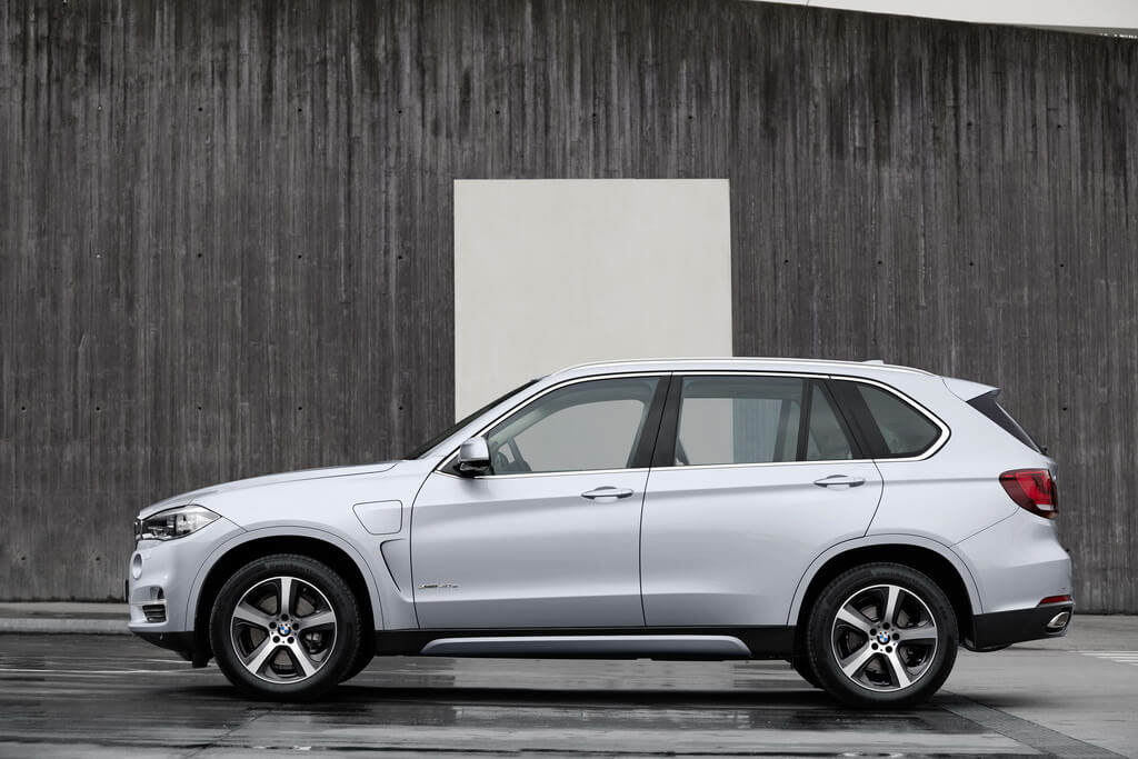 Фотография экоавто BMW X5 xDrive40e - фото 27