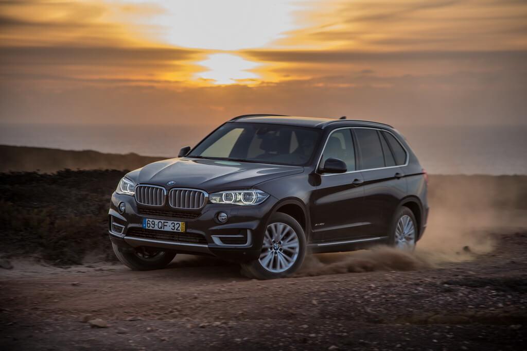 Фотография экоавто BMW X5 xDrive40e - фото 35