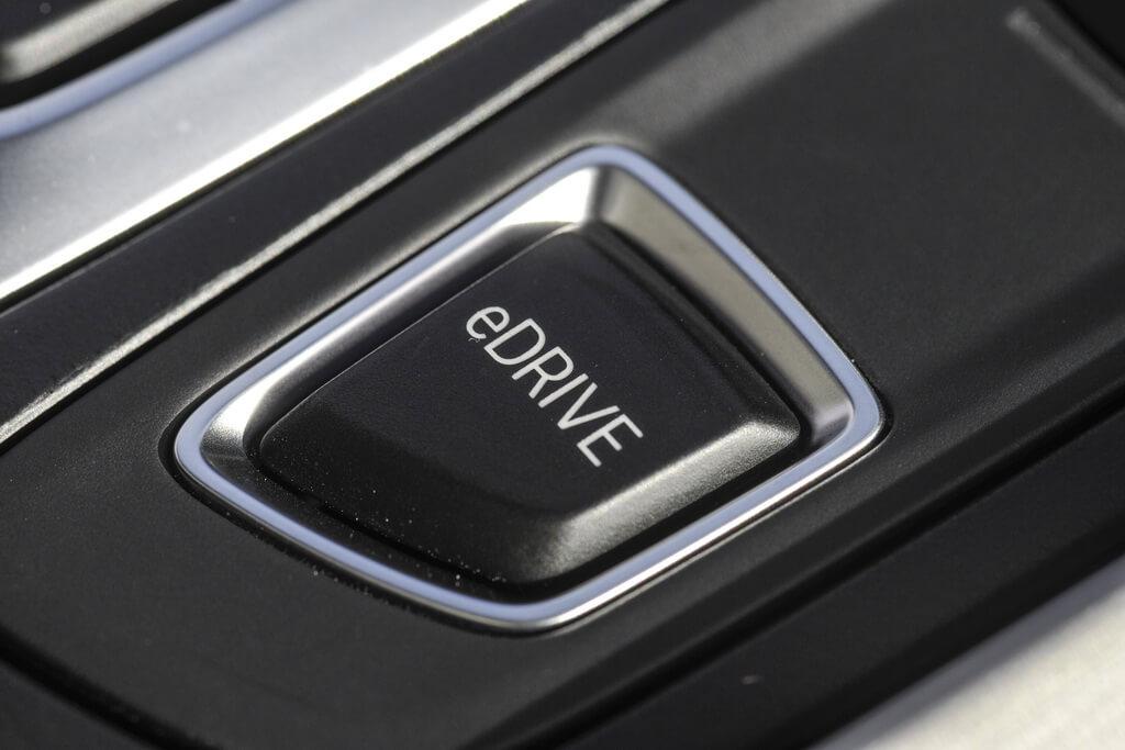 Фотография экоавто BMW X5 xDrive40e - фото 91