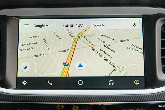 8-дюймовый сенсорный дисплей Hyundai IONIQ Hybrid
