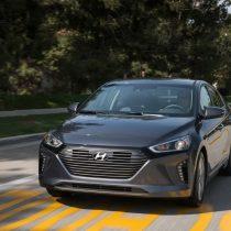 Фотография экоавто Hyundai Ioniq Hybrid - фото 14