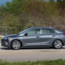 Фотография экоавто Hyundai Ioniq Hybrid - фото 19