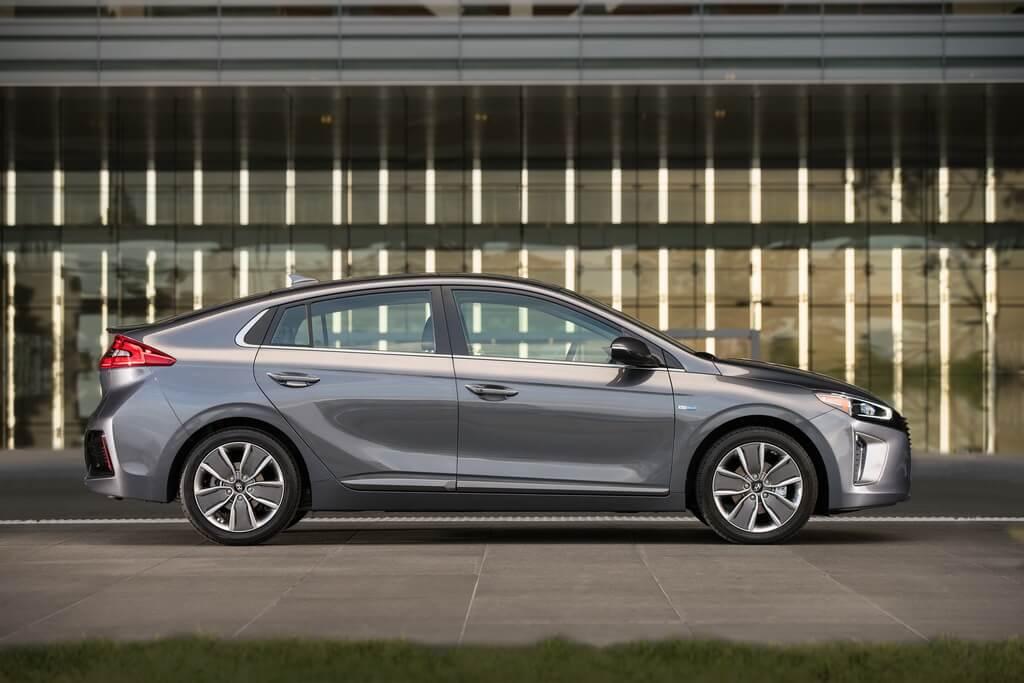 Фотография экоавто Hyundai Ioniq Hybrid - фото 20