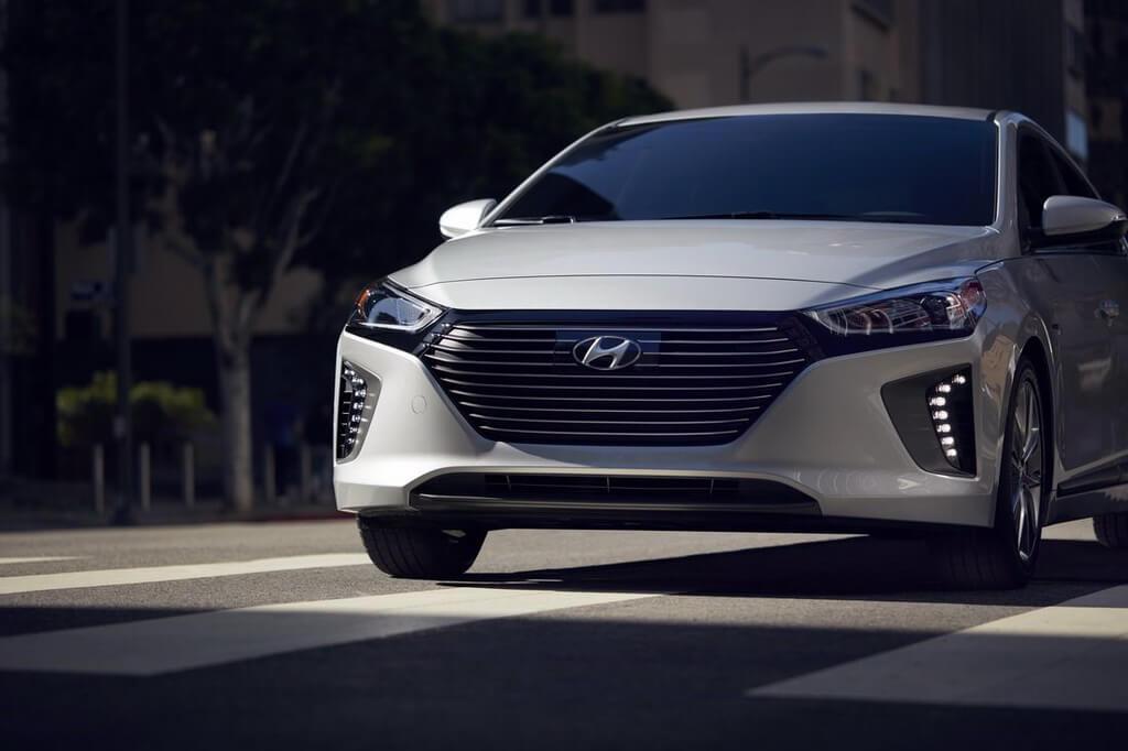 Фотография экоавто Hyundai Ioniq Hybrid - фото 28