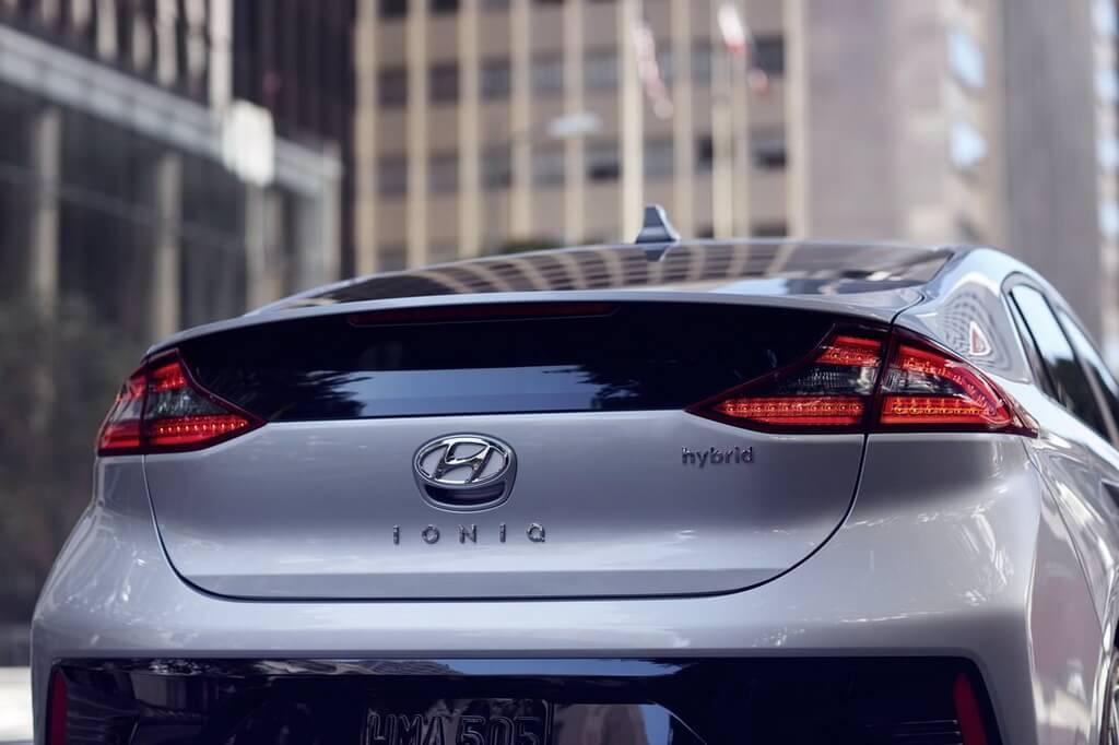 Фотография экоавто Hyundai Ioniq Hybrid - фото 29