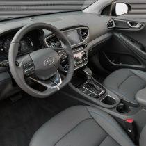 Фотография экоавто Hyundai Ioniq Hybrid - фото 47