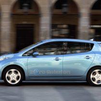 Фотография экоавто Nissan Leaf 2010 (24 кВт•ч) - фото 12