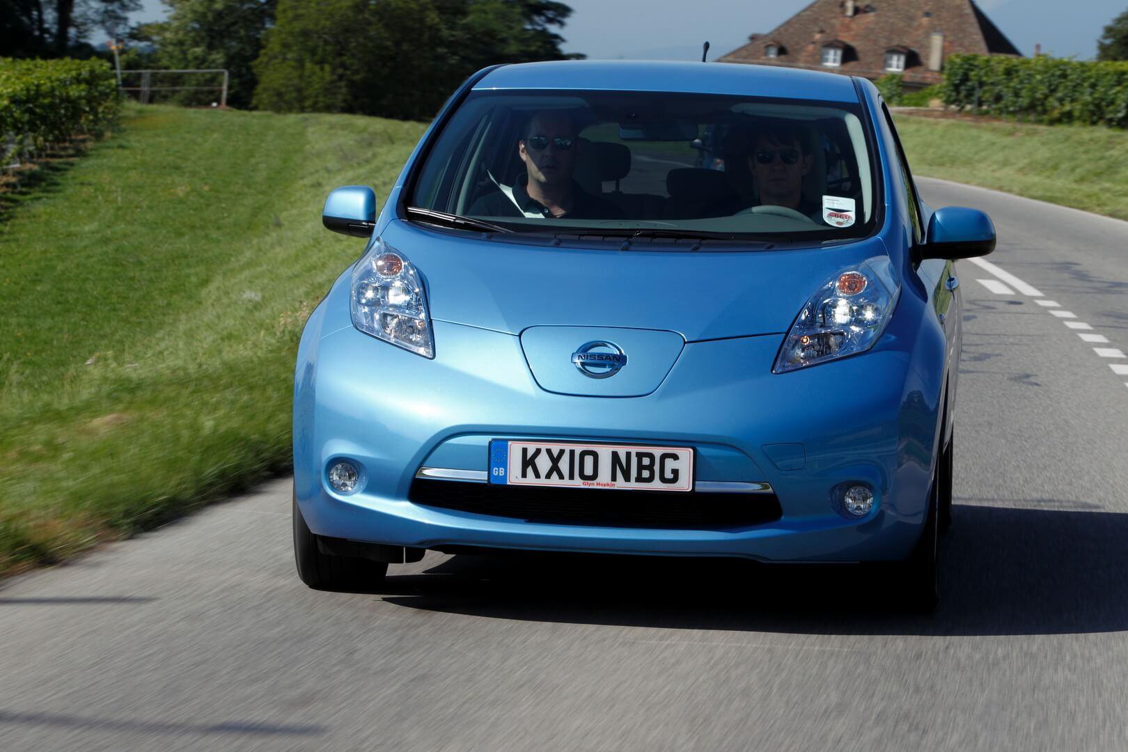 Фотография экоавто Nissan Leaf 2010 (24 кВт•ч) - фото 20