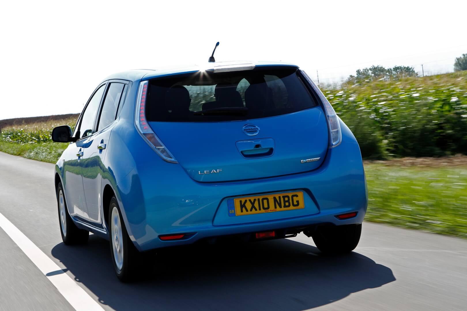 Фотография экоавто Nissan Leaf 2010 (24 кВт•ч) - фото 22