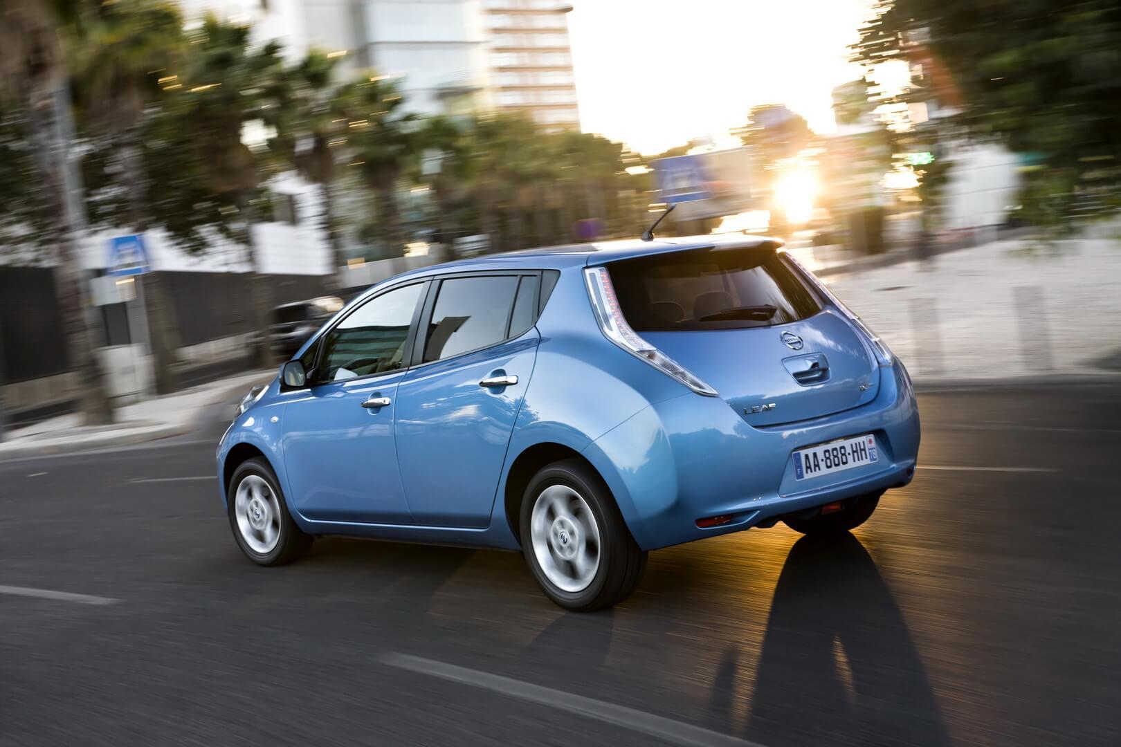 Фотография экоавто Nissan Leaf 2010 (24 кВт•ч) - фото 24