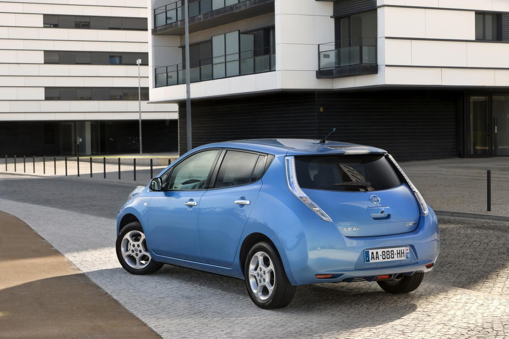 Фотография экоавто Nissan Leaf 2010 (24 кВт•ч) - фото 29